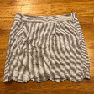 Vineyard Vines Seersucker Scallop Skirt - Size 10